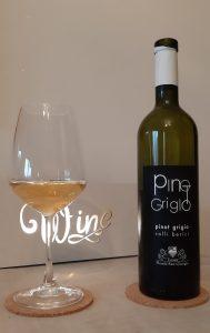 bottiglia di vino bianco Pinot Grigio Tenuta Monte San Giorgio