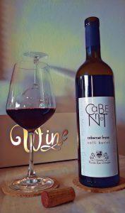 bottiglia di vino rosso Cabernet Tenuta Monte San Giorgio