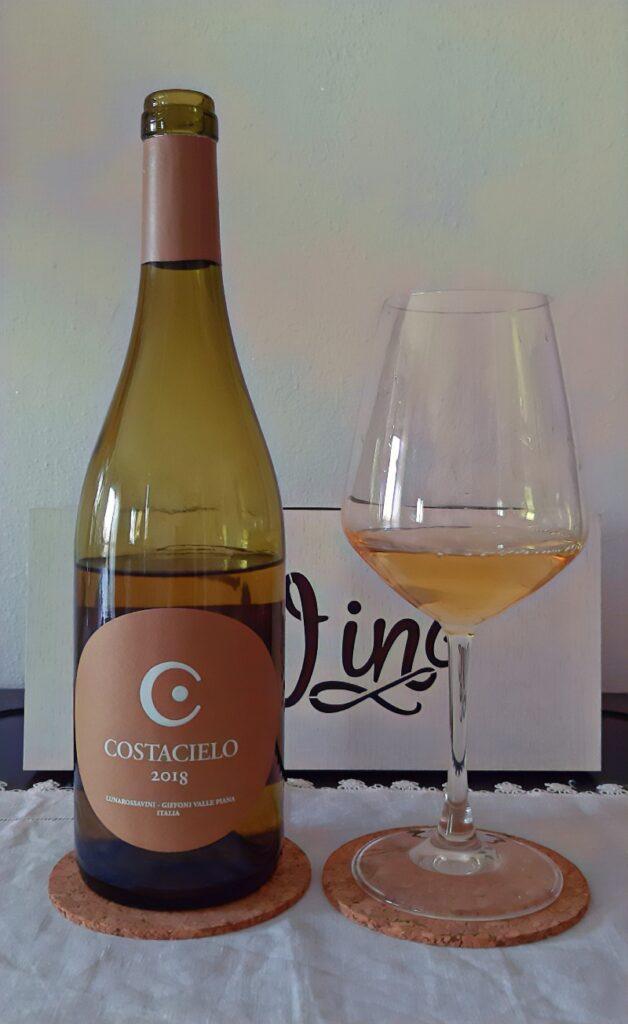 vino bianco in Lunarossa